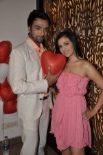 Shilpa Anand celebrate Valentine Day with Akash in Mumbai on 13th Feb 2013 (34).JPG