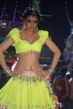 Shweta Bharadwaj at the Item song shot for film RAAMBHAJJAN ZINDABAD in Raj Pipla, Mumbai on 13th Feb 2013 (1).JPG