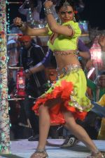 Shweta Bharadwaj at the Item song shot for film RAAMBHAJJAN ZINDABAD in Raj Pipla, Mumbai on 13th Feb 2013 (2).JPG
