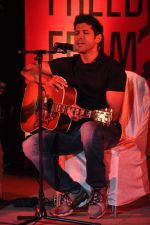 Farhan Akhtar at the 1 Billion Rising concert in Mumbai on 14th Feb 2013 (24).JPG