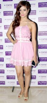 noorin sha at Fame Cinemas launch DOLBY ATMOS in Fame Inorbit, Malad, Mumbai on 14th Feb 2013.jpg