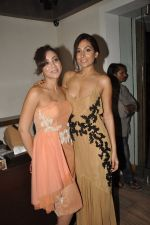 Amrita Puri, Monica Dogra at Atosa Fashion Preview in Mumbai on 22nd Feb 2013 (58).JPG
