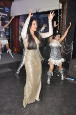 Sonakshi Sinha at the launch of Himmatwala_s item number in Mumbai on 22nd Feb 2013 (13).JPG