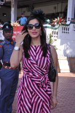 Sophie Chaudhary at Poonawala race in Mumbai on 24th Feb 2013 (110).JPG