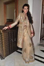 Yukta Mookhey walks for Sadiq memorial society event in Mumbai on 24th Feb 2013 (23).JPG