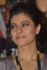 Kajol at the book launch of The Oath Of Vayuputras by Amish in Mumbai on 26th Feb 2013 (44).JPG