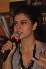 Kajol at the book launch of The Oath Of Vayuputras by Amish in Mumbai on 26th Feb 2013 (57).JPG