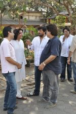 at sonu nigam_s mom_s funeral in Mumbai on 1st March 2013 (182).JPG