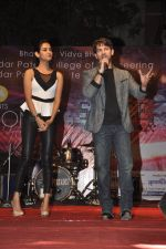 Neil Nitin Mukesh and Sonal Chauhan promote 3G at Bhavans College in Andheri, Mumbai on 1st March 2013 (5).JPG