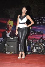 Sonal Chauhan promote 3G at Bhavans College in Andheri, Mumbai on 1st March 2013 (10).JPG