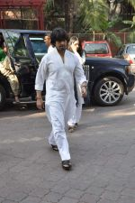Sonu Nigam at Sonu Nigam_s mom prayer meet in Mumbai on 3rd March 2013 (15).JPG