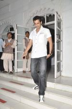 at Sonu Nigam_s mom prayer meet in Mumbai on 3rd March 2013 (89).JPG