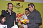 Yuvraj Singh at the launch of Shailendra Singh_s new book in Mumbai on 4th March 2013 (124).JPG