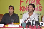 Yuvraj Singh, Shailendra Singh at the launch of Shailendra Singh_s new book in Mumbai on 4th March 2013 (157).JPG