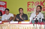 Yuvraj Singh, Shailendra Singh at the launch of Shailendra Singh_s new book in Mumbai on 4th March 2013 (159).JPG