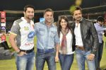 Ritesh Deshmukh, Genelia Deshmukh, Sohail Khan, Aftab Shivdasani at CCL Grand finale at Bangalore on 10th March 2013 (82).JPG