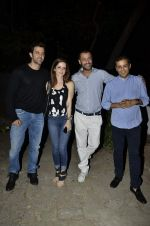 Suzanne Roshan, Hrithik Roshan, Abhishek Kapoor at India Design Forum hosted by Belvedere Vodka in Bandra, Mumbai on 11th March 2013 (227).JPG
