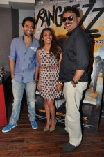 Jackky Bhagnani, Priyadarshan, Priya Anand at the media promotion of the film Rangrezz in Mumbai on 13th March 2013 (36).JPG