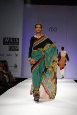 Model walks the ramp for Rajdeep Ranawat Show at Wills Lifestyle India Fashion Week 2013 Day 3 in Mumbai on 15th March 2013 (15).JPG