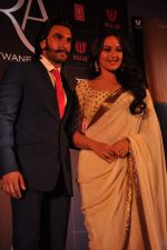 Sonakshi Sinha, Ranveer Singh at trailor Launch of film Lootera in Mumbai on 15th March 2013 (123).JPG