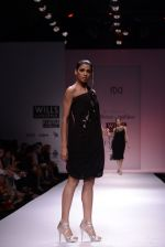 Model walks for Chandrani, Mrinalini, Dhruv-Pallavi Show at Wills Fashion Week 2013 Day 5 on 17th March  (154).JPG