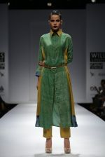 Model walks the ramp for Myoho Show at Wills Lifestyle India Fashion Week 2013 Day 5 in Mumbai on 17th March 2013 (43).JPG