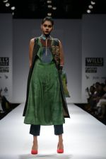 Model walks the ramp for Myoho Show at Wills Lifestyle India Fashion Week 2013 Day 5 in Mumbai on 17th March 2013 (47).JPG