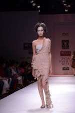 Model walks the ramp for Rehane Show at Wills Lifestyle India Fashion Week 2013 Day 5 in Mumbai on 17th March 2013 (33).JPG
