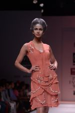 Model walks the ramp for Rehane Show at Wills Lifestyle India Fashion Week 2013 Day 5 in Mumbai on 17th March 2013 (37).JPG