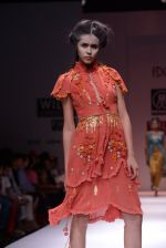 Model walks the ramp for Rehane Show at Wills Lifestyle India Fashion Week 2013 Day 5 in Mumbai on 17th March 2013 (42).JPG