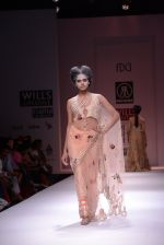 Model walks the ramp for Rehane Show at Wills Lifestyle India Fashion Week 2013 Day 5 in Mumbai on 17th March 2013 (63).JPG