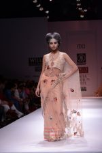 Model walks the ramp for Rehane Show at Wills Lifestyle India Fashion Week 2013 Day 5 in Mumbai on 17th March 2013 (65).JPG