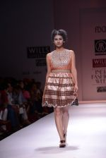 Model walks the ramp for Rehane Show at Wills Lifestyle India Fashion Week 2013 Day 5 in Mumbai on 17th March 2013 (88).JPG
