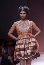 Model walks the ramp for Rehane Show at Wills Lifestyle India Fashion Week 2013 Day 5 in Mumbai on 17th March 2013 (90).JPG