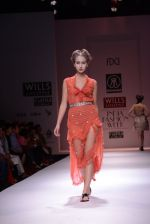 Model walks the ramp for Rehane Show at Wills Lifestyle India Fashion Week 2013 Day 5 in Mumbai on 17th March 2013 (104).JPG