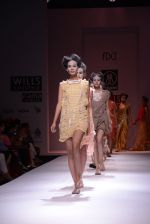 Model walks the ramp for Rehane Show at Wills Lifestyle India Fashion Week 2013 Day 5 in Mumbai on 17th March 2013 (109).JPG
