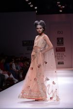 Model walks the ramp for Rehane Show at Wills Lifestyle India Fashion Week 2013 Day 5 in Mumbai on 17th March 2013 (66).JPG