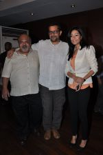 Subhash Kapoor, Saurabh Shukla, Amrita Rao at Jolly LLB success bash in Escobar, Bandra, Mumbai on 20th March 2013 (19).JPG
