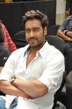 Ajay Devgan at Earth Hour event in Andheri, Mumbai on 22nd March 2013 (10).JPG