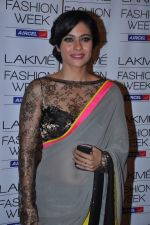 Kajol at Manish Malhotra Show at Lakme Fashion Week 2013 Day 1 in Grand Hyatt, Mumbai on 22nd March 2013 (111).JPG