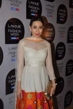 Karisma Kapoor at Manish Malhotra Show at Lakme Fashion Week 2013 Day 1 in Grand Hyatt, Mumbai on 22nd March 2013 (100).JPG