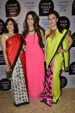 Mini Mathur on Day 1 at Lakme Fashion Week 2013 in Grand Hyatt, Mumbai on 22nd March 2013 (82).JPG