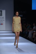 Model walk the ramp for Rehane Show at Lakme Fashion Week 2013 Day 1 in Grand Hyatt, Mumbai on 22nd March 2013 (19).JPG