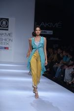 Model walk the ramp for Rehane Show at Lakme Fashion Week 2013 Day 1 in Grand Hyatt, Mumbai on 22nd March 2013 (86).JPG