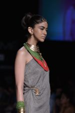 Model walk the ramp for Suhani Pittie Show at Lakme Fashion Week 2013 Day 1 in Grand Hyatt, Mumbai on 22nd March 2013 (32).JPG