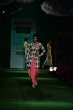Parineeti Chopra walk the ramp for Masaba Show at Lakme Fashion Week 2013 Day 1 in Grand Hyatt, Mumbai on 22nd March 2013 (16).JPG