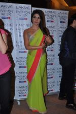 Priyanka Chopra at Manish Malhotra Show at Lakme Fashion Week 2013 Day 1 in Grand Hyatt, Mumbai on 22nd March 2013 (124).JPG