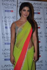 Priyanka Chopra at Manish Malhotra Show at Lakme Fashion Week 2013 Day 1 in Grand Hyatt, Mumbai on 22nd March 2013 (125).JPG