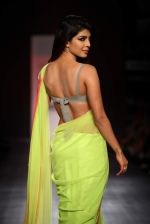 Priyanka Chopra walk the ramp for Manish Malhotra Show at Lakme Fashion Week 2013 Day 1 in Grand Hyatt, Mumbai on 22nd March 2013 (144).JPG