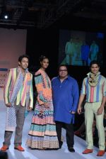 Sahil Anand walk the ramp for Debarun Show at Lakme Fashion Week 2013 Day 1 in Grand Hyatt, Mumbai on 22nd March 2013 (77).JPG